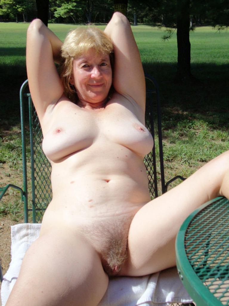 Naked grandma Montana grandma